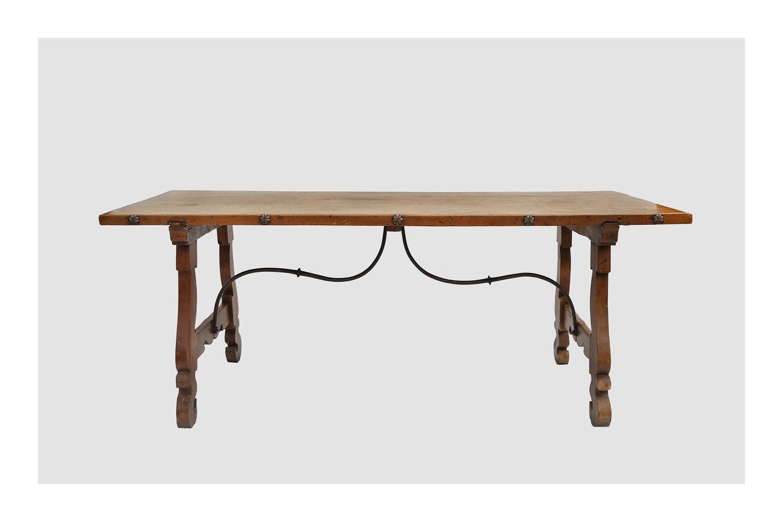 mesa española XVIII